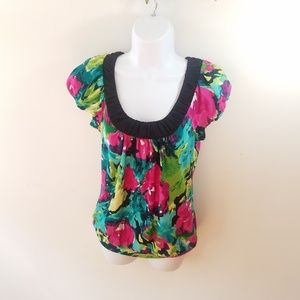 Maurice's size Small Hawiian Floral Blouse